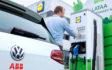 Lidl wdraża technologię szybkiego ładowania w Finlandii