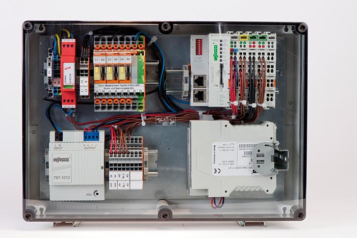 Rys. 3. Ochrona przepięciowa firmy Dehn dla techniki energetycznej, informatycznej i komunikacyjnej w systemie zdalnego sterowania Wago do monitoringu sieci energetycznych