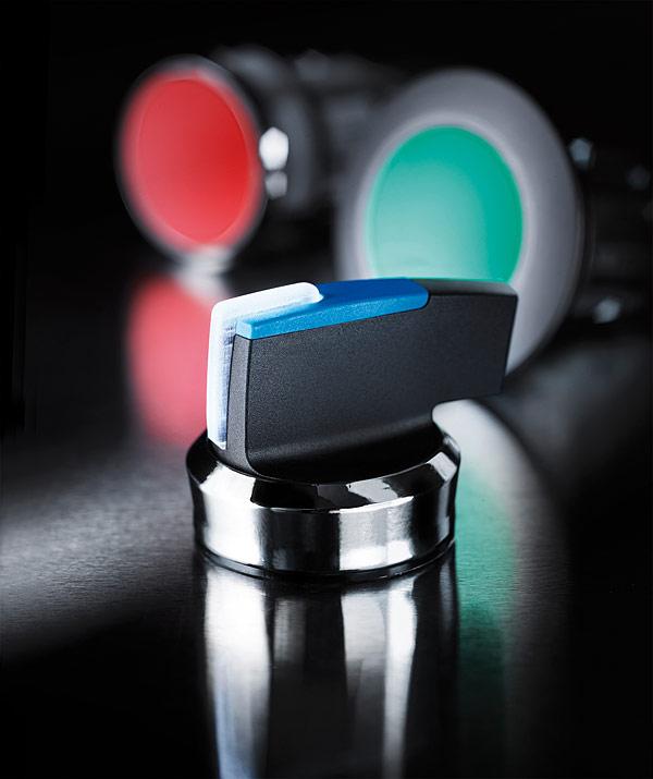 Rys. 1. Przyciski i lampki sterownicze Sirius Act firmy Siemens zostały opracowane pod kątem ułatwienia pracy inżynierów, monterów oraz osób obsługujących instalacje