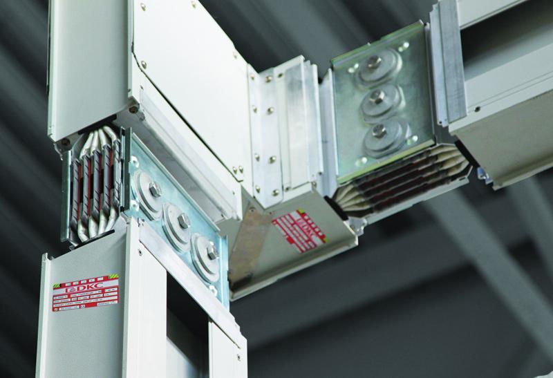 System Powertech charakteryzuje się aluminiową obudową, zapewniającą znaczną redukcję wagi oraz dużo lepszą wymianę ciepła w stosunku do obudowy ze stali galwanizowanej