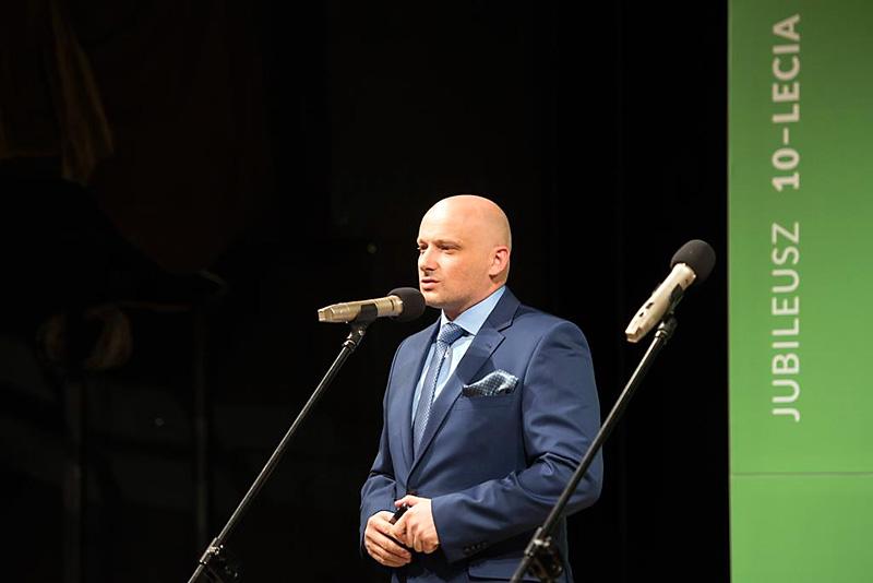 Prezes Zarządu Grupy EL-SIGMA Damian Hegenbarth wita Gości