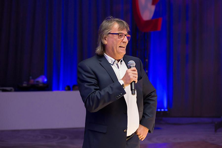 Prezes zarządu ZPUE Janusz Petrykowski