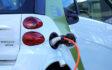 Sprzedaż samochodów elektrycznych wzrosła dwukrotnie