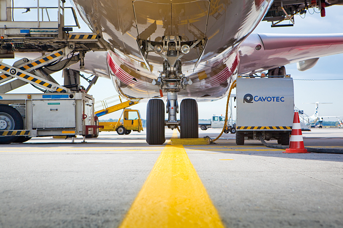 Naziemna infrastruktura lotniska firmy Cavotec