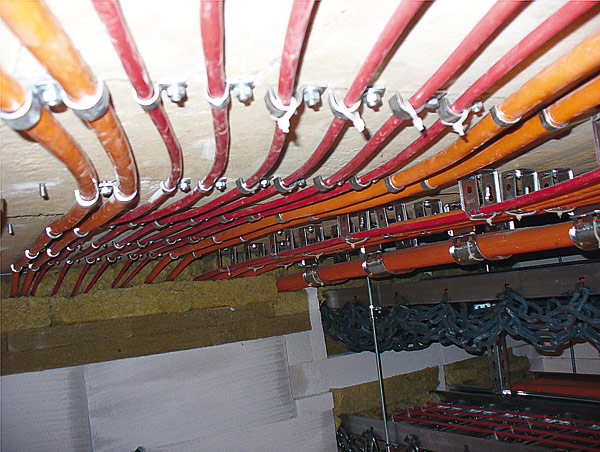 Rys. 3. Komora przygotowana do testowania kabli według normy DIN 4102 cz. 12