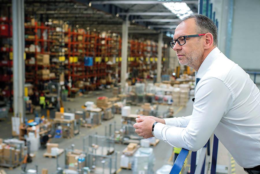 Chcemy być partnerem na miarę potrzeb we wszystkich segmentach naszych klientów i mieć pewność, żemagazyn centralny zapewni serwis logistyczny dla całej organizacji – twierdzi Wiktor Kępiński